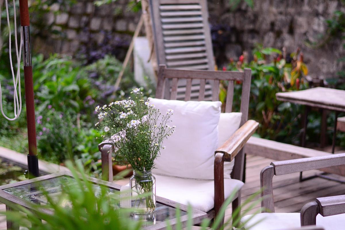 Garden cottage backyard   Westerwood